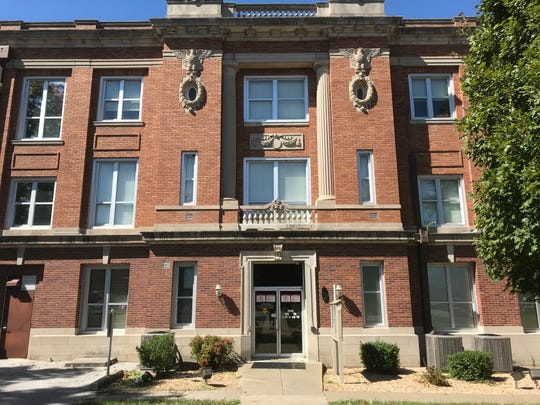 Nixa woman wonders what the rules are regarding how big a purse can be to be allowed into historic Ozark courthouse.