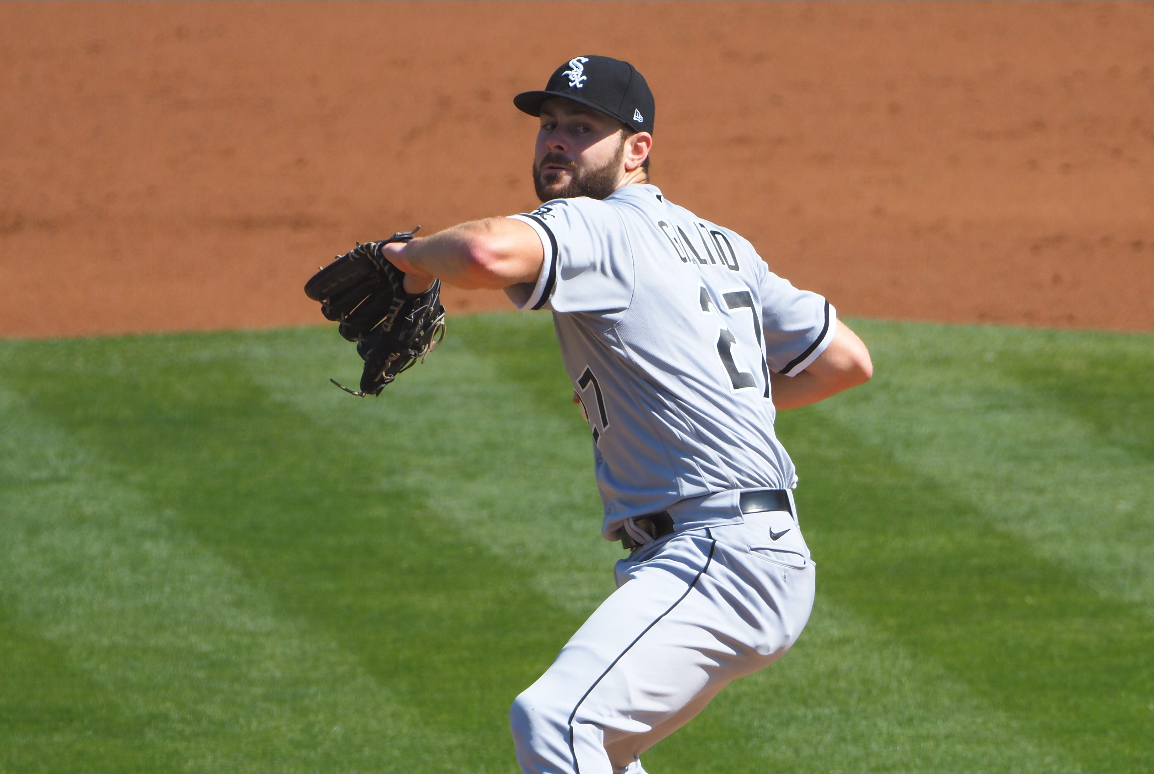 White Sox starter Lucas Giolito's perfect game bids ends in seventh inning vs. Athletics