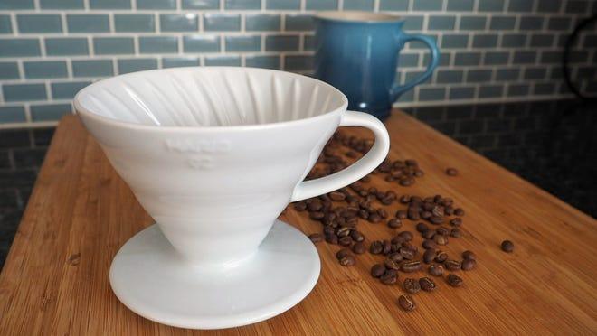Los mejores regalos para las esposas 2020: Hario V60 Coffee Dripper 02 Ceramic