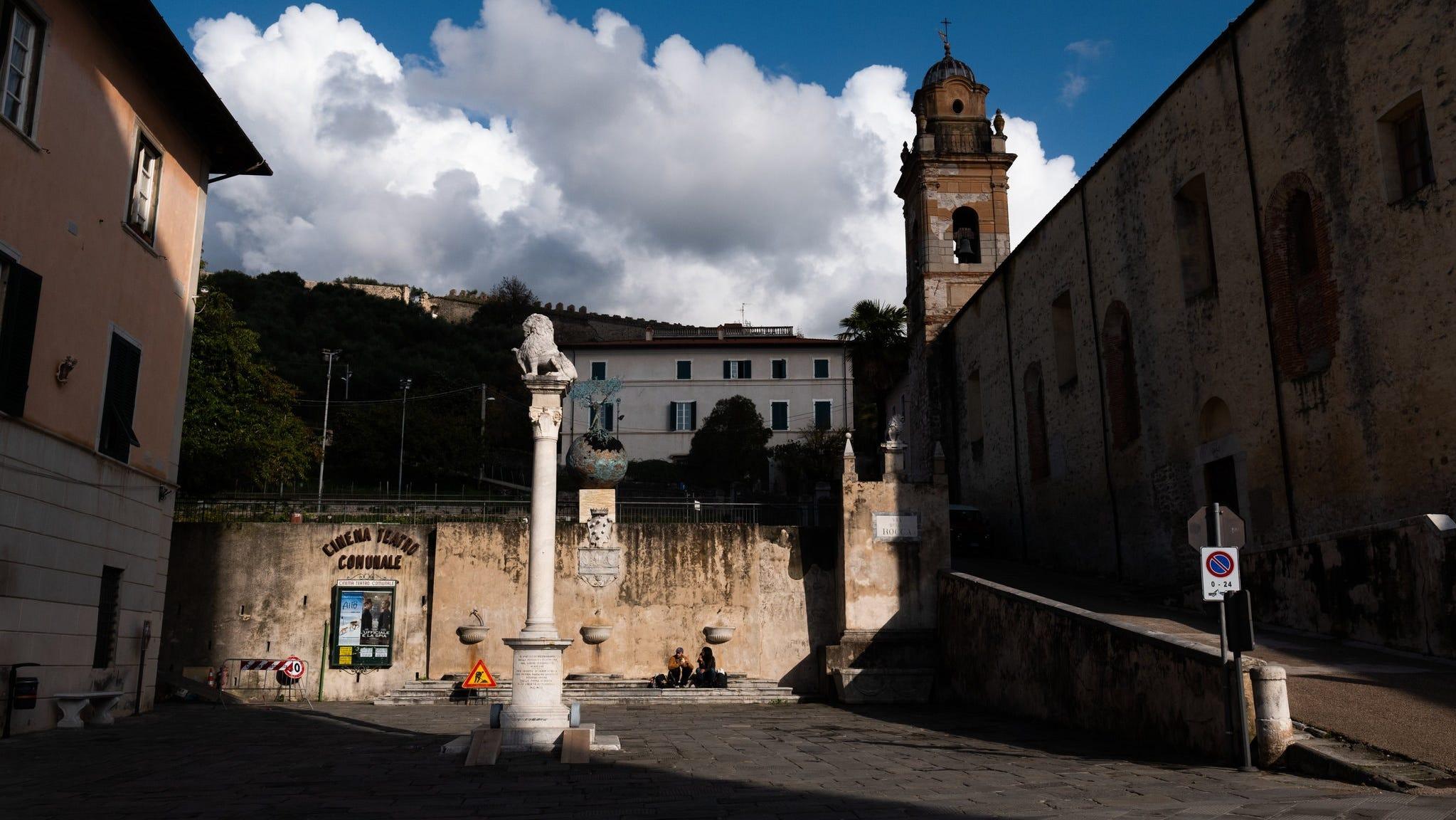 A glimpse of the area outside Nilda Comas' art studio in Italy.