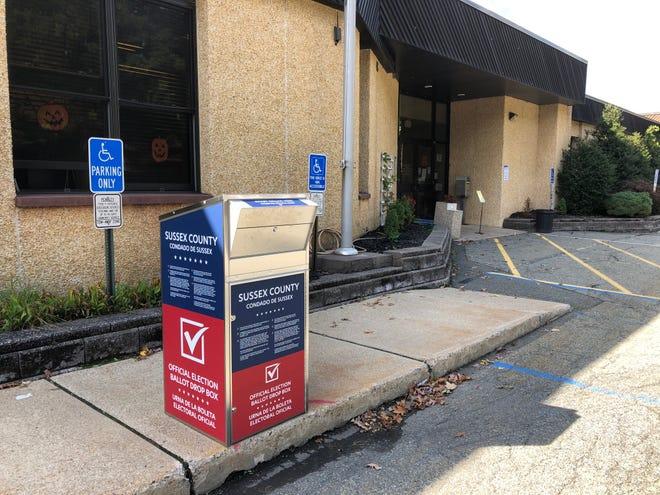 A ballot drop box is seen in front of the Hopatcong Municipal Building Wednesday, Sept. 30.