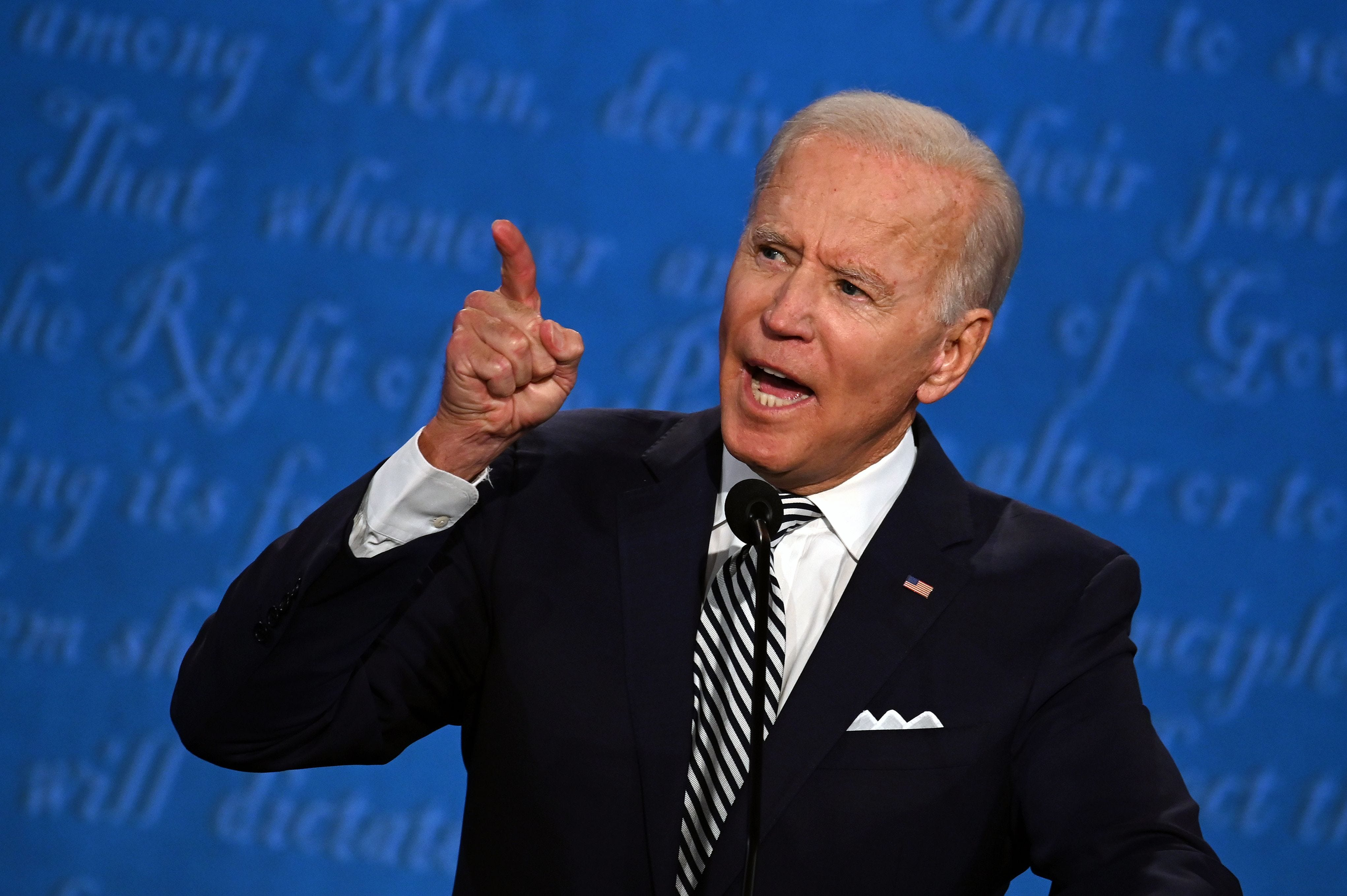 No Joe Biden Did Not Wear A Wire During The Presidential Debate