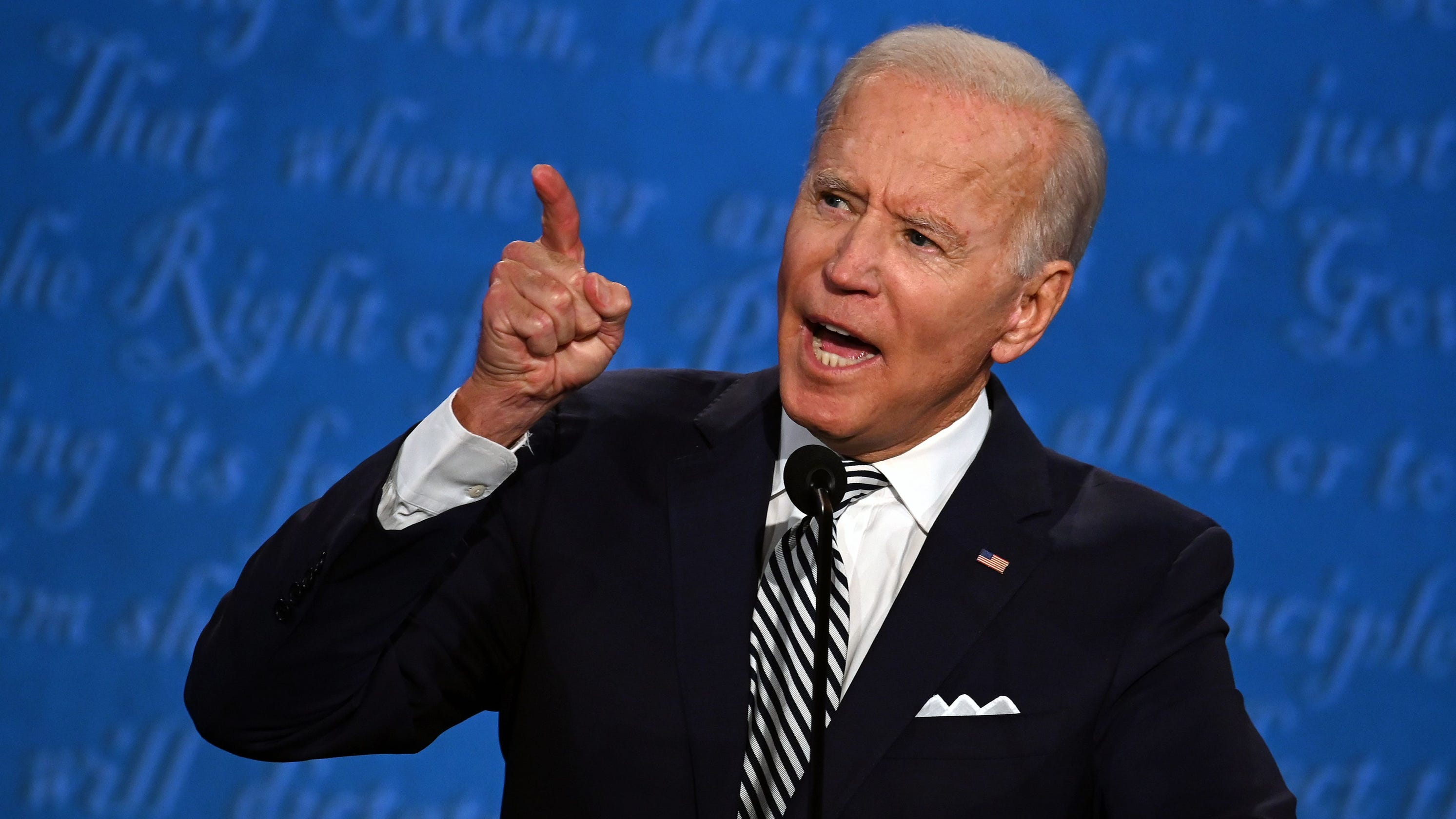 No, Joe Biden did not wear a wire during the first presidential debate