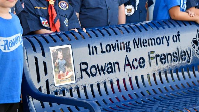 Gladeville Tn Christmas Parade 2020 Rowan Ace Frensley memorial dedicated at Charlie Daniels Park in