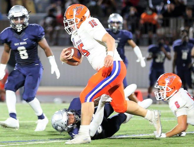San Angelo Central running back Ashton Hartsfield runs the ball against Killeen Shoemaker in Killeen on Thursday, Sept. 24, 2020.