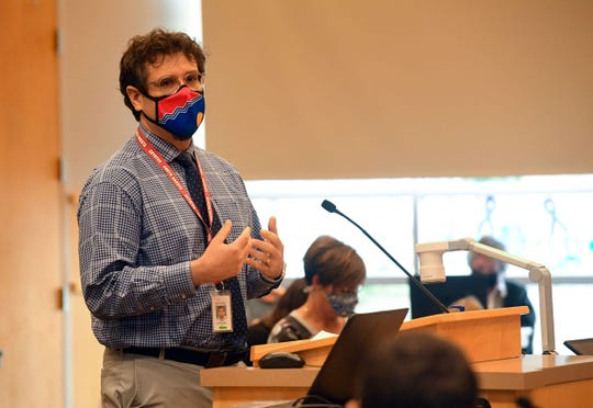 Tim Eckart speaks in opposition to changing policy for close contact quarantine at a Sioux Falls School Board special meeting on Wednesday, September 30, at the Instructional Planning Center in Sioux Falls.