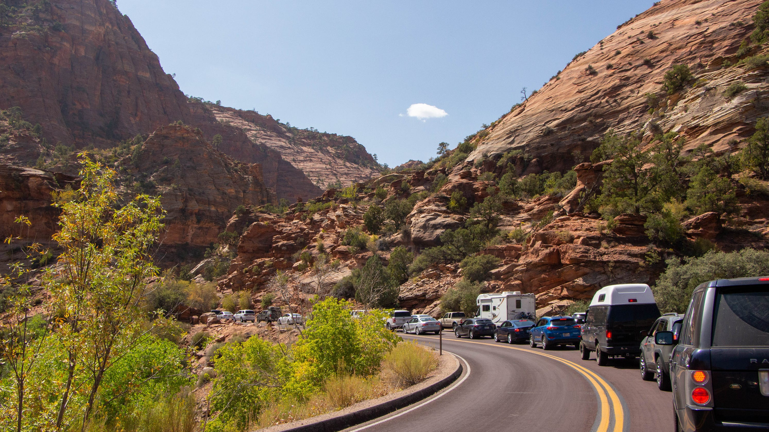 Visitors come to Zion National Park in record numbers, setting all-time high for September