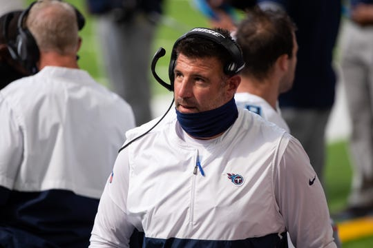 Tennessee Titans head coach Mike Vrabel in the first quarter against the Minnesota Vikings at U.S. Bank Stadium.