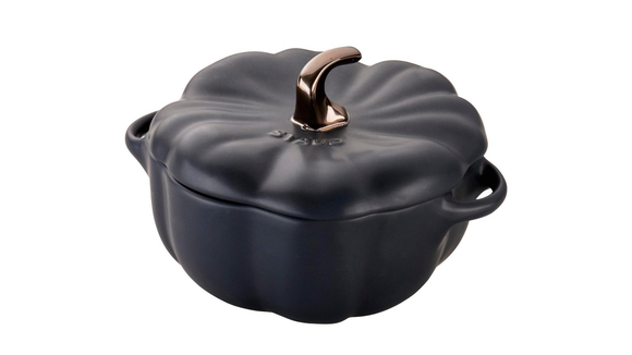Because who doesn't need goth-y cookware?