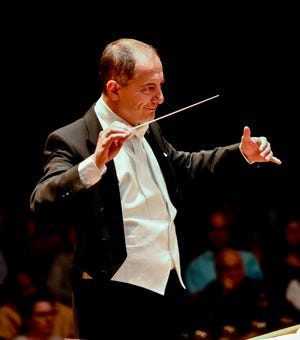 Columbus Symphony Music DirectorRossenMilanov