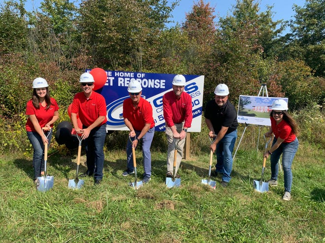 Fleet Response broke ground for construction of a new headquarters Sept. 23. From left,  Jodie Varner, Vice President Client Engagement; Roger Cervenka, Vice President Client Services; Mark Genger, Vice President Risk and Finance; Michael Miller, Director of Information Technology; Scott Mawaka, CEO and President and Allison Lanzilotta, Executive Vice President.