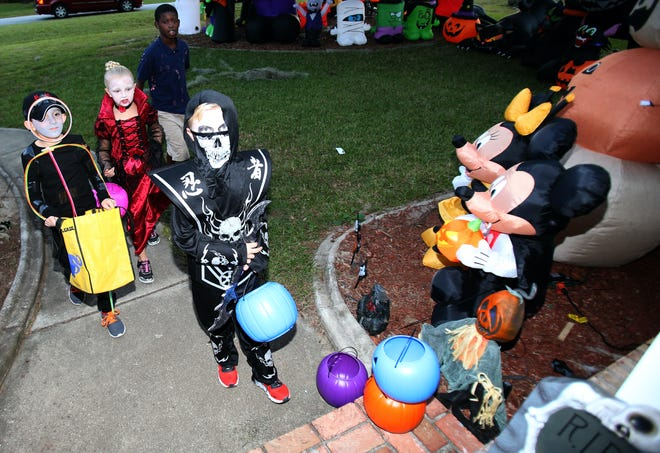 With COVID-19 concerns still lingering across the country, parents will have to decide whether or not to send their children our trick or treating this Halloween.