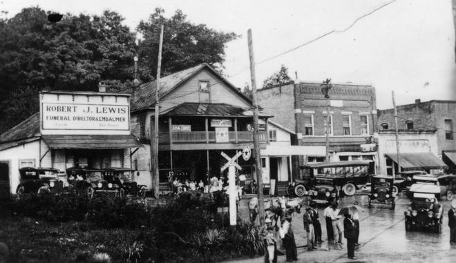 """In 1916, Robert J. Lewis, """"funeral director and embalmer"""" purchased the Sutton Avenue funeral home."""