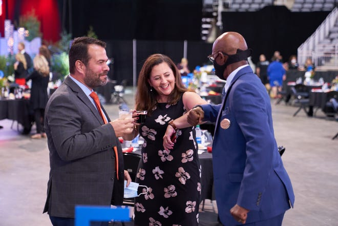 Pictured Right to Left: Alfonso Vidal, Daniela Vidal and Jerome Stewart attending the 2020 Annual Meeting and Dinner.