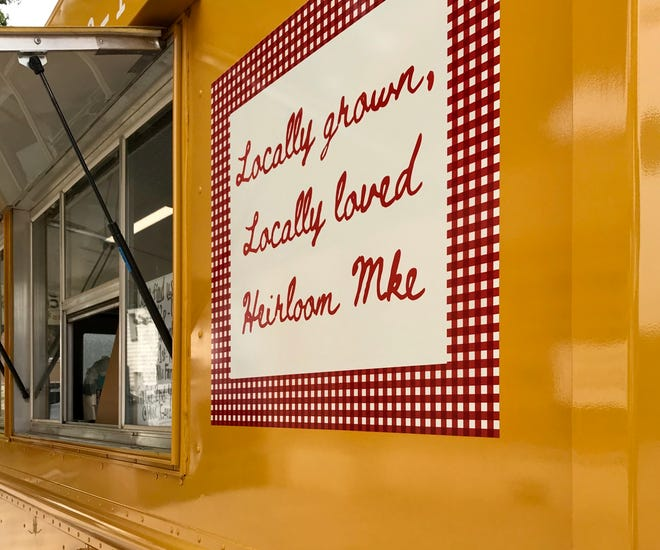 Heirloom Mke, a new food truck, makes its own burrata cheese and serves mussels steamed in white wine, as well as grass-fed beef burgers and its own vegetarian patty.