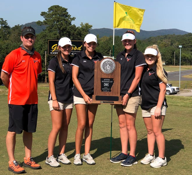 Viola coach Jason Hughes (from left), A.J. McCandlis, Sami McCandlis, Lindsey Browning and Kennedy Renfro pose with the Class 1A State runner-up trophy on Wednesday at Glenwood Country Club.