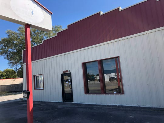 The now-defunct Springfield location of Missouri Fence Company was photographed on Oct. 1, 2020. The Better Business Bureau issued an alert warning consumers to exercise caution when working with the company, which the BBB says did not always perform services or issue refunds when requested.
