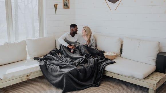 Best gifts for boyfriends: Big Blanket