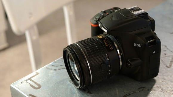 Best gifts for boyfriends: Nikon D3500