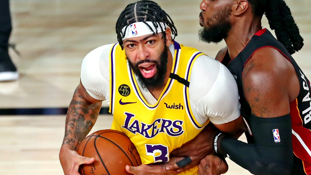 No NBA Finals jitters for Anthony Davis, who dazzles in Lakers' Game 1 rout of Heat