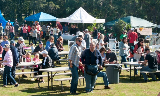 HolySmokes! BBQ cook off in 2019 brings a large crowd.