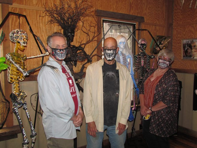 During October, art enthusiasts and macabre-minded individuals alike can enjoy a spooky showcase of local artwork at the WCAA Main Street Gallery at 959 Main Street I Honesdale. Pictured left to right: Jon Bone Jovi, Paul Plumadore, The Spoonwood King, Jim Tindell, Delila Scarehart, Schwarzy McRibbz and Janet Gaglione.