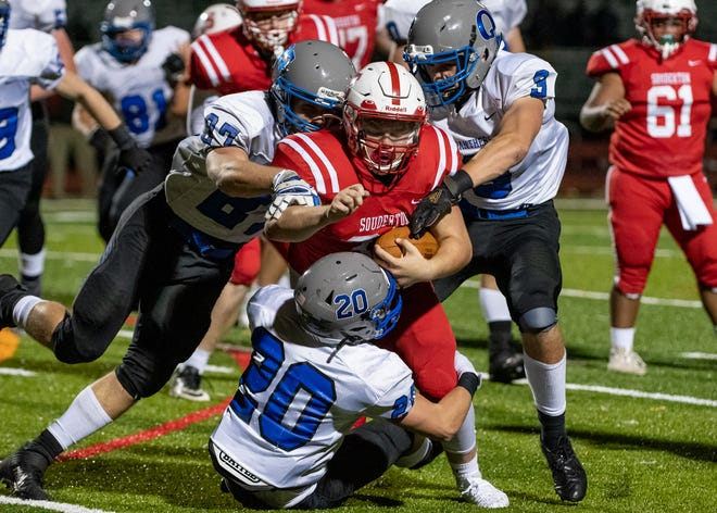 Quakertown, shown here against Souderton, hosts Pennridge (10:15 a.m.) in the 91st Thanksgiving Day meeting between the two. The Rams lead the all-time series 57-28-5.
