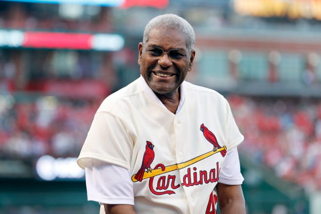 In this May 17, 2017, file photo, Bob Gibson, a member of the St. Louis Cardinals' 1967 World Series championship team, takes part in a ceremony honoring the 50th anniversary of the victory, before a baseball game between the Cardinals and the Boston Red Sox in St. Louis. Gibson, the dominating pitcher who won a record seven consecutive World Series starts and set a modern standard for excellence when he finished the 1968 season with a 1.12 ERA, died Friday, Oct. 2, 2020. He was 84.