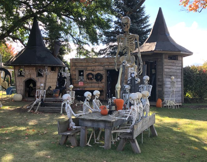 With each day, it's beginning to look more and more like Halloween, especially in Hopewell.