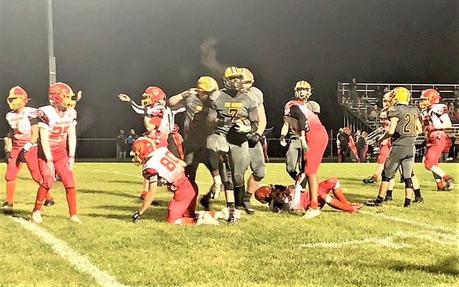 Berne Union's Chris Prince (7) rushed for 178 yards and two touchdowns and returned an interception 83 yards for another score to help lead the Rockets to a 28-21 Mid-State League-Buckeye Division championship Friday night.
