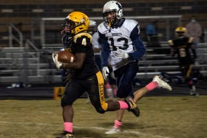 Central High's Justin Bush racked up yards against Shelby County en route to a 44-0 victory for the Yellowjackets. 10/2/20