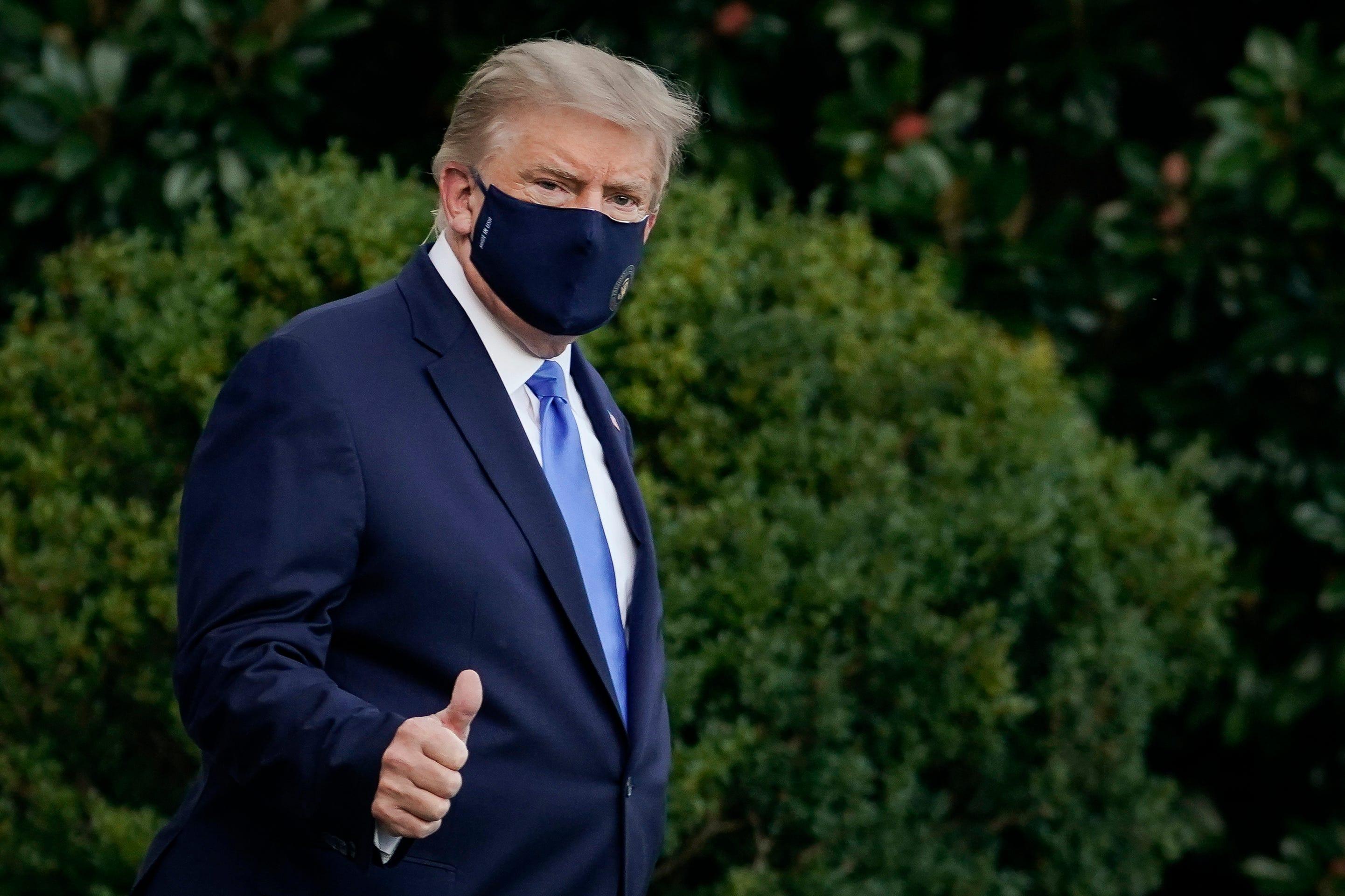 Đồng xu kỷ niệm 'Trump đánh bại COVID' cháy hàng