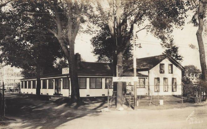 "The J.H. Allendorf restaurant at the lake served  ""Steak – Chicken Dinner – Service ala Carte."""