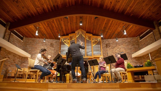 """A performance by the Sarasota contemporary classical chamber group ensembleNEWSRQ is featured in the new WEDU series """"Greater Sarasota,"""" which debuts Thursday."""