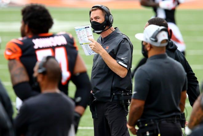 Cincinnati Bengals defensive coordinator Lou Anarumo calls a play in the first quarter of a Week 4 NFL football game against the Jacksonville Jaguars, Sunday, Oct. 4, 2020, at Paul Brown Stadium in Cincinnati.