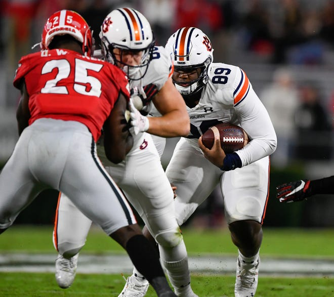 Auburn tight end J.J. Pegues ran the Wildcat formation last week against Georgia.