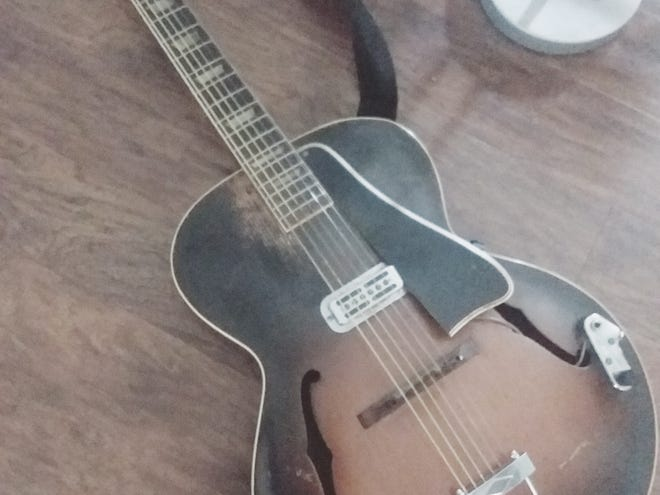 A 1954 125 ES Gibson guitar. [Submitted photo]
