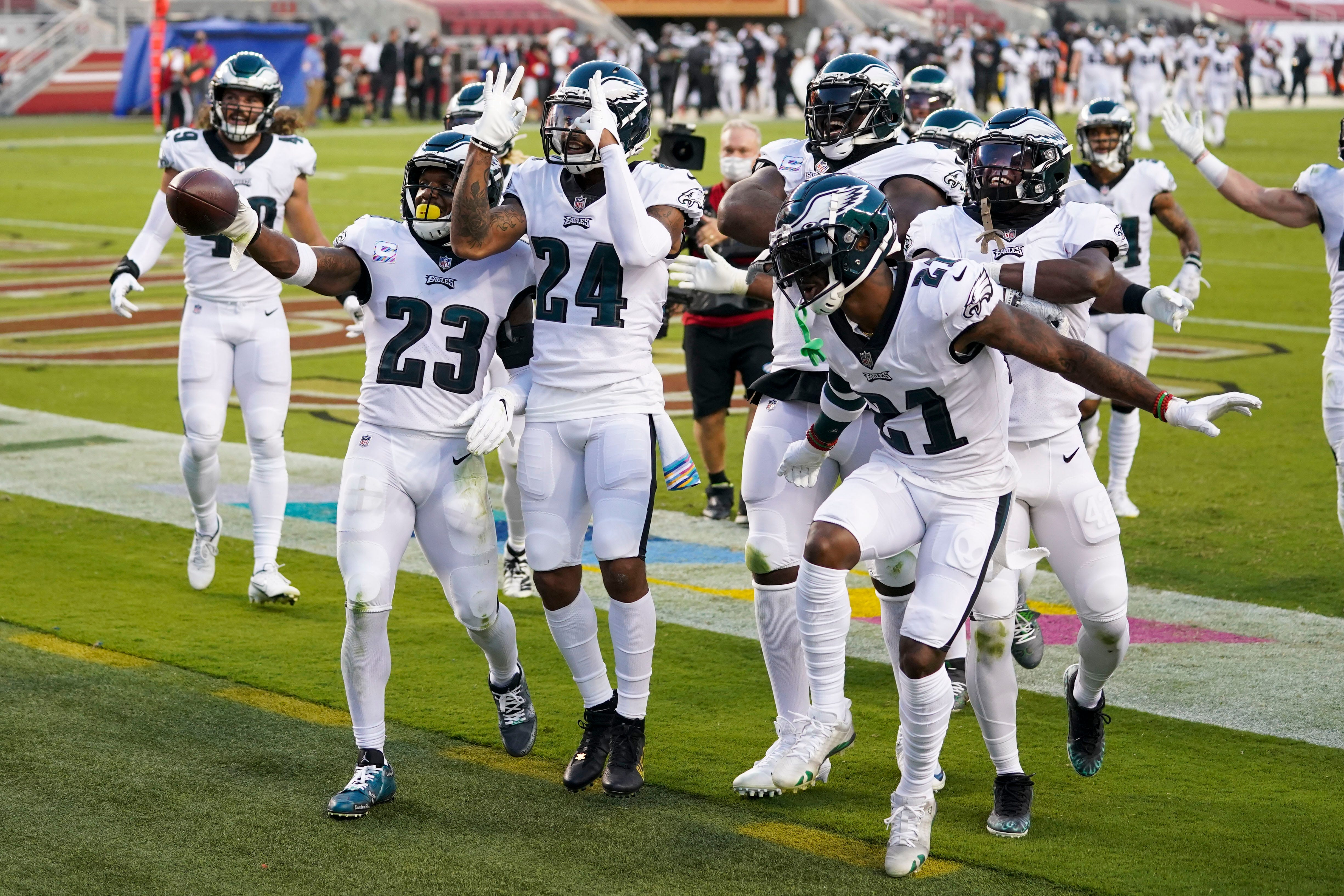 Eagles seize first win of season, NFC East lead thanks to big plays from unlikely saviors
