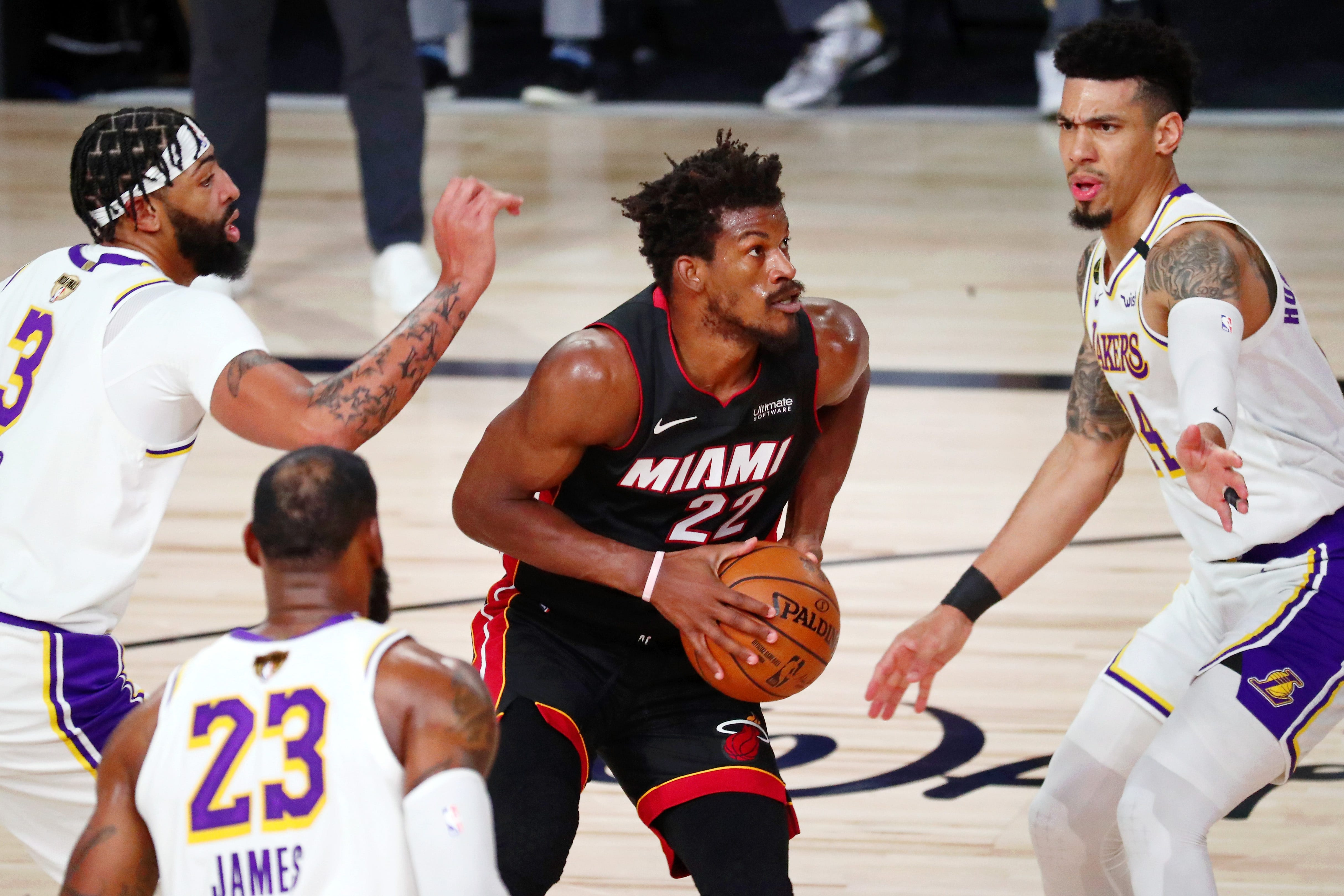 Jimmy Butler posts 40-point triple-double, Heat top Lakers in Game 3 of NBA Finals
