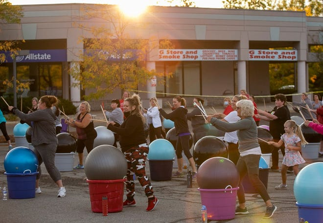 A cardio-drumming class has been a frequent sight outside Chat About Nutrition, 497 Hill Road N. in Pickerington. The sun was setting behind the strip-mall location Sept. 29 during this class. The free classes, which required owned or rented equipment, are held Tuesday and Thursday evenings or Saturday mornings.