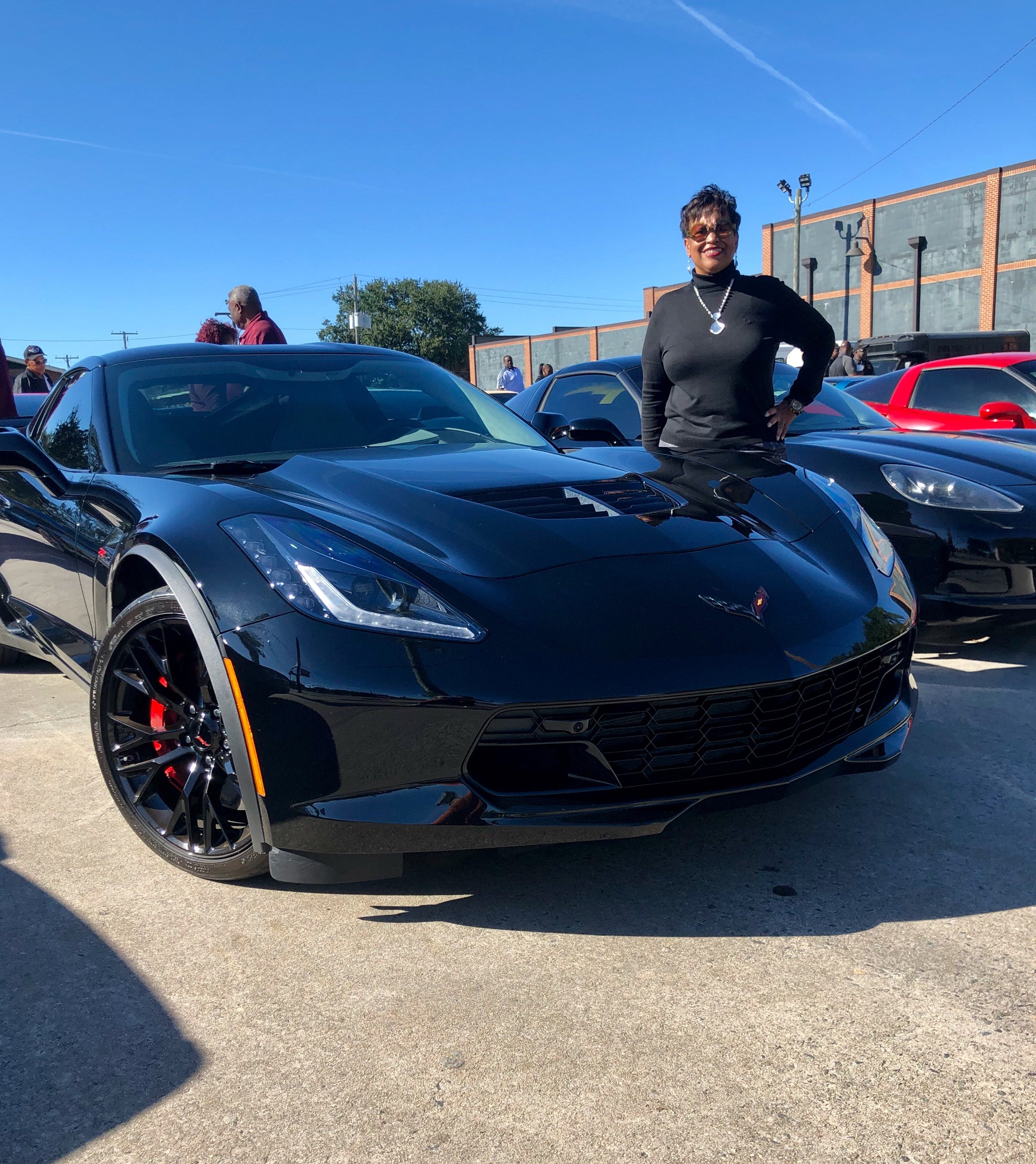 Lawsuit seeks millions from GM for cracked wheels on pricey Corvettes