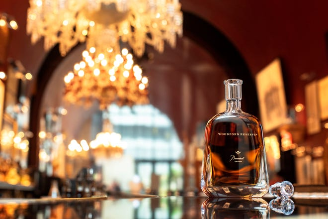 Woodford Baccarat, bottled at 90/4 proof, has a balance of crisp American and French oak notes, complex fruit character, subtle spiciness and a creamy confectionary finish.