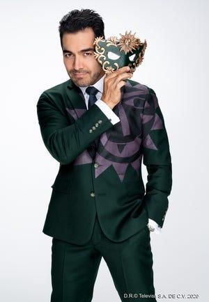 """Omar Chaparro conduce """"¿Quién es la Máscara?"""", súper producción dominical de Las Estrellas."""