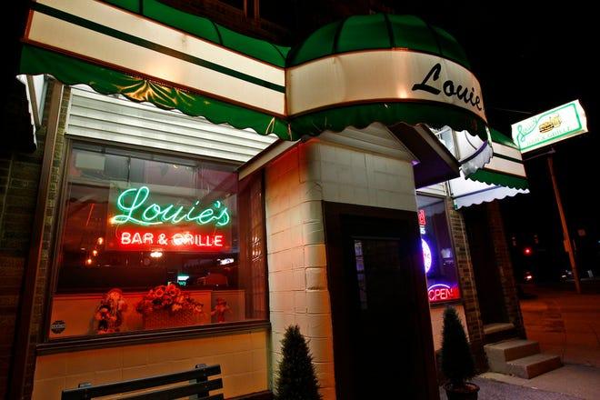 Louie's Bar & Grille in Akron.   [Karen Schiely/Akron Beacon Journal]
