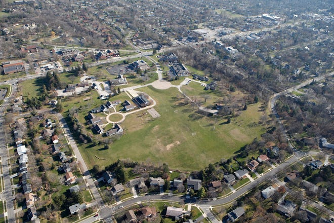 A Columbus developer is proposing to put more than 700 residences on the 38-acre former United Methodist Children's Home property in Worthington.