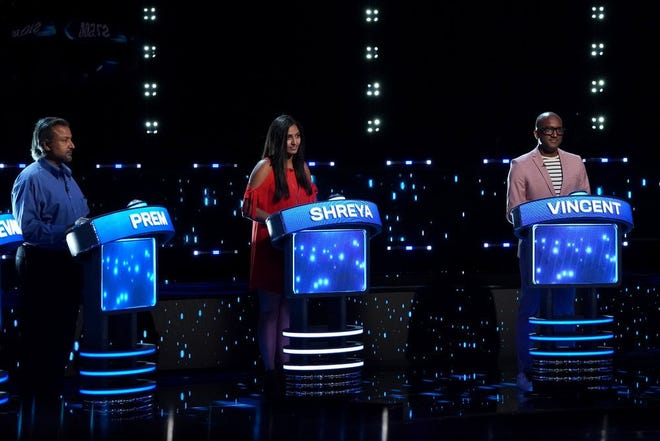 "Shreya Mohan (center) of Jacksonville competes in Episode 3 of NBC's ""Weakest Link"" that airs Wednesday night hosted by Jane Lynch."