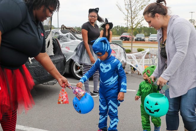 Last year, trunk-or-treaters in Onslow enjoyed some Halloween festivities at Freddy's Frozen Custard and Steakburgers.