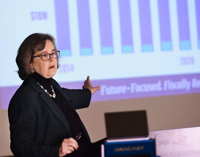 Hudson City Manager Jane Howington delivers her annual State of the City address in January. A group of residents recently filed a complaint with the International City/County Management Association in which they allege Howington has violated some tenets of the ICMA's Code of Ethics.