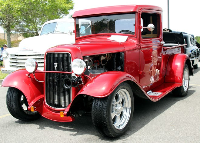 The Cape Fear Cruisers Car Club presents a virtual Classic Car 'n Rock 'n Roll Show on Saturday and Sunday, Oct. 24-25.