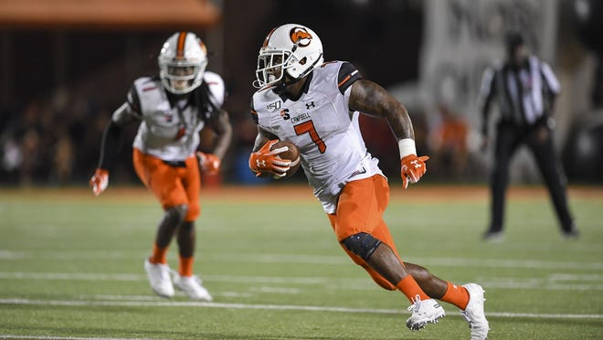 Campbell defensive back Darion Slade (7) finished with 38 tackles to lead the Camels — and the nation — through five weeks of the college football season.